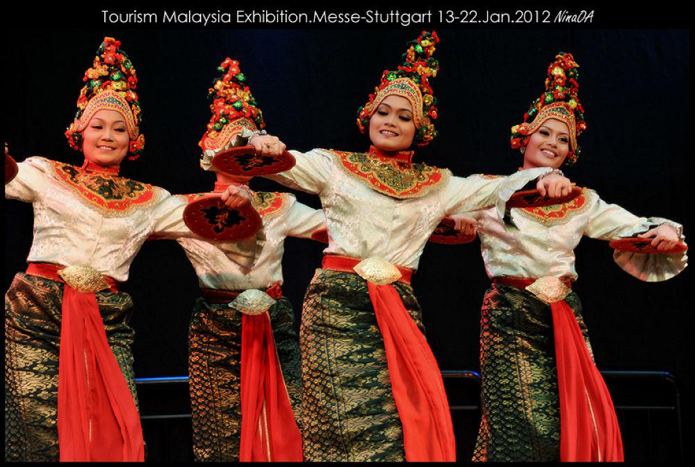 Tourism Malaysia Exhibition Messe Stuttgart 2012 by NinaOA