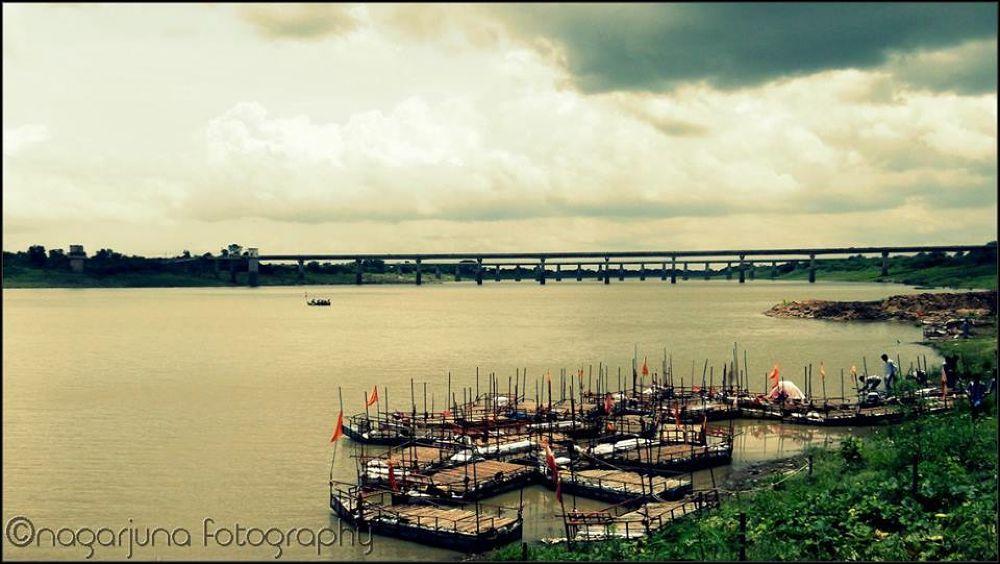 scary clouds....... by nagarjunabhuthala