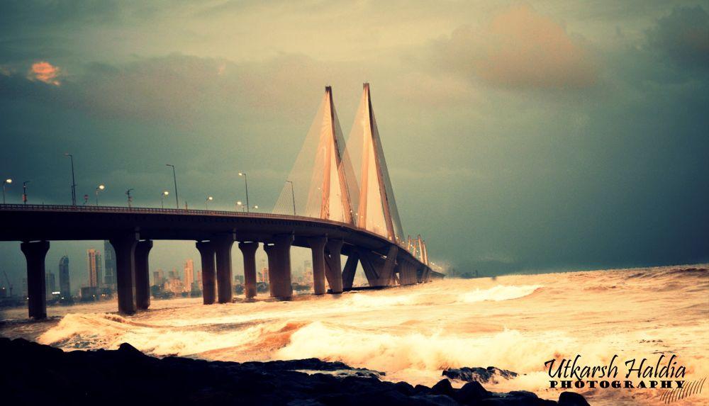 Mumbai monsoon by Utkarsh Haldia