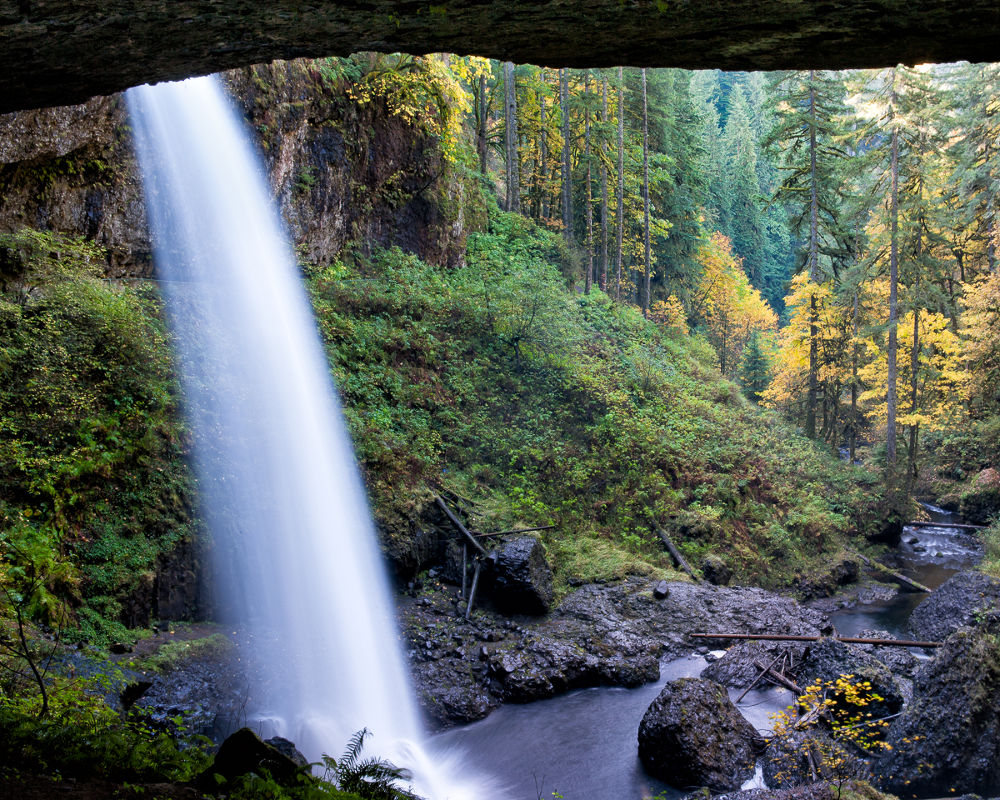 Silver Falls by William Yu Photography