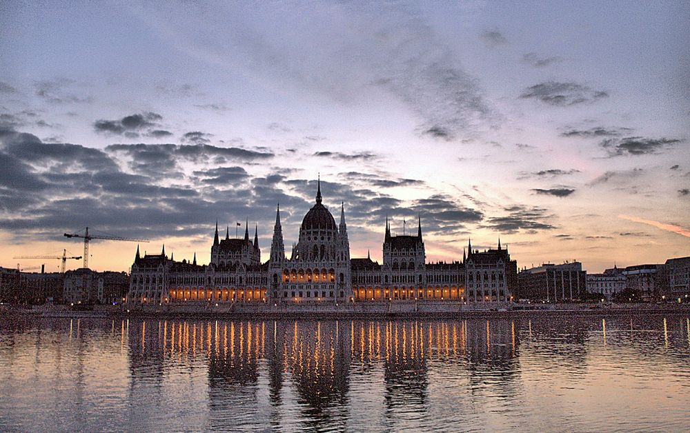 Budapest , Parliament. by Katona Flórián