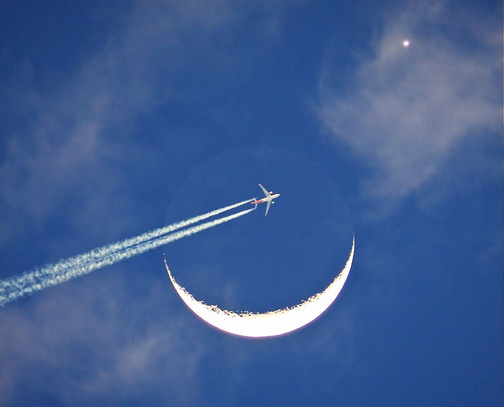 The Moon-Venus Conjunction and a Passing Aircraft by Odilon Simões Corrêa