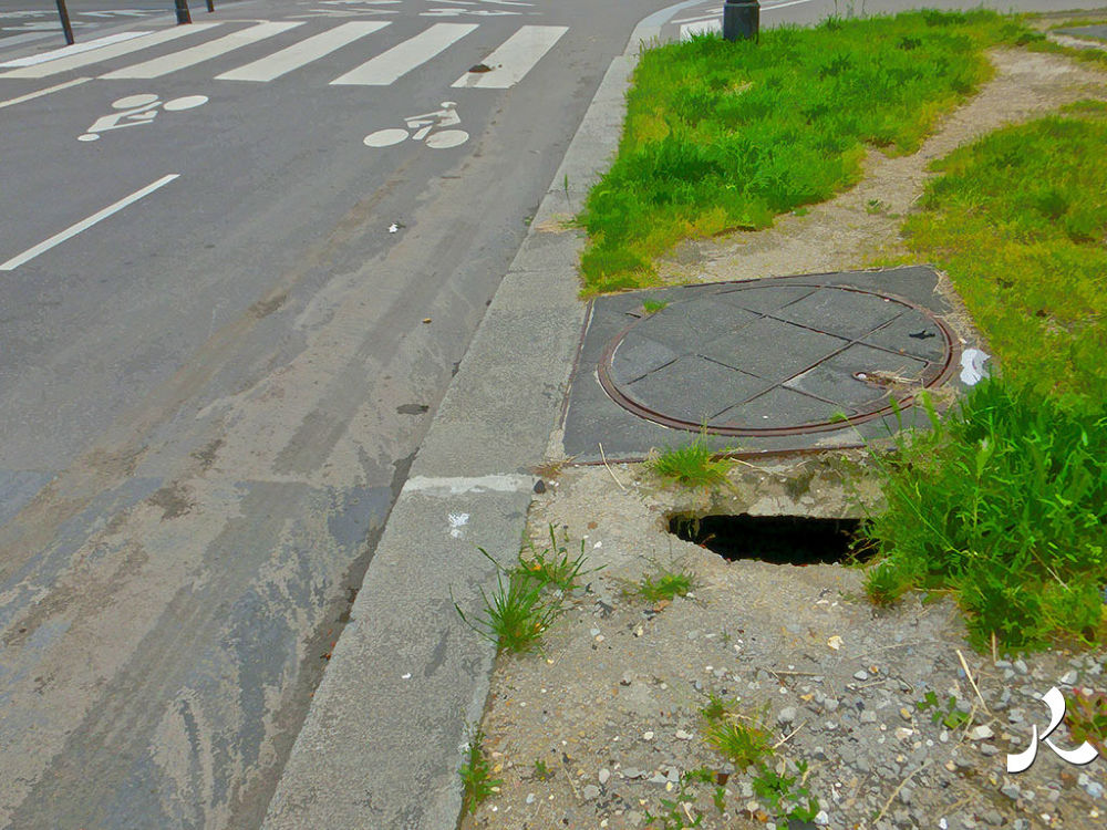 sewerhole262 by jacquesraffin