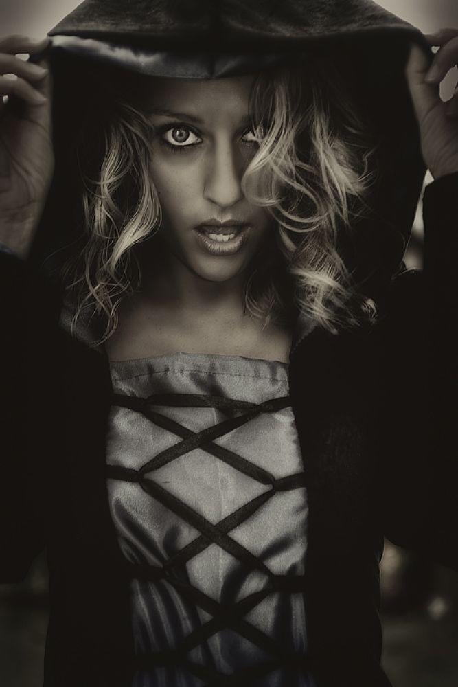 she by Somyot & Majid S Blend Werk