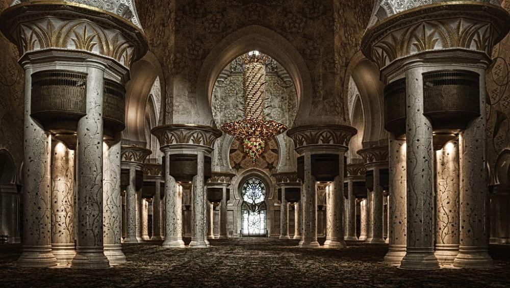 Mosque  Abu Dhabi by Somyot & Majid S Blend Werk