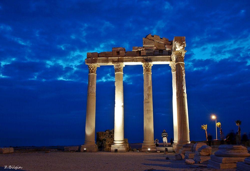 Side   (Antalya/Turkey) by zekibilgin
