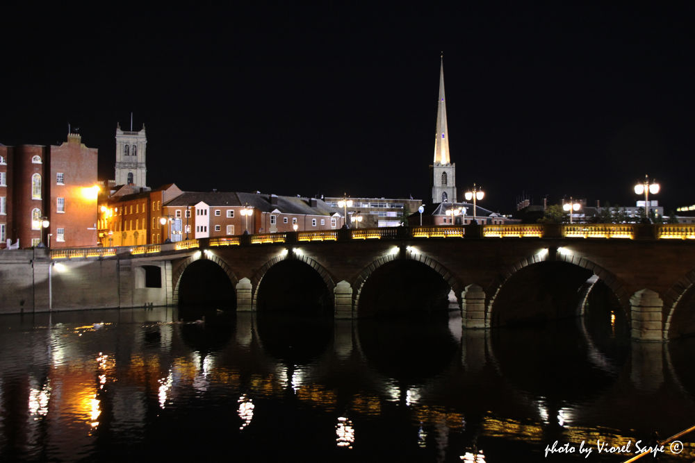 Worcester by night by viorelsarpe