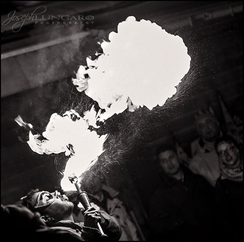 fire jugglers venice  by lungaro1