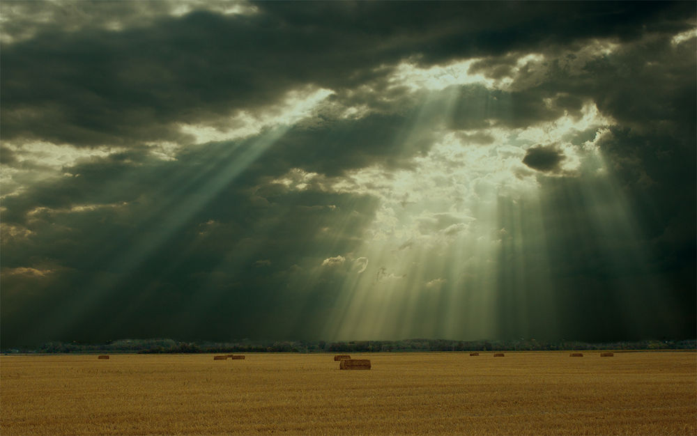 felhő-rays by József Király