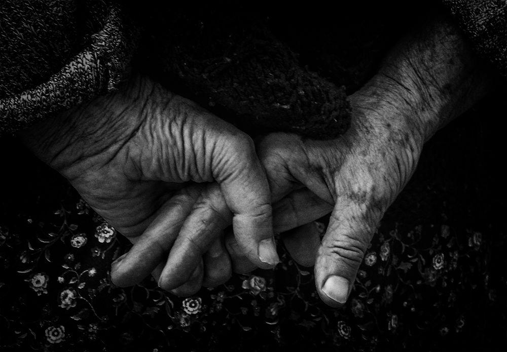 kezek by József Király
