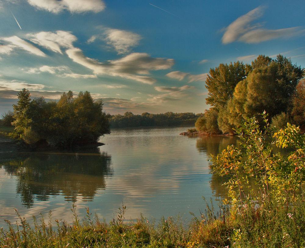 Duna-parti ősz by katikiralyne