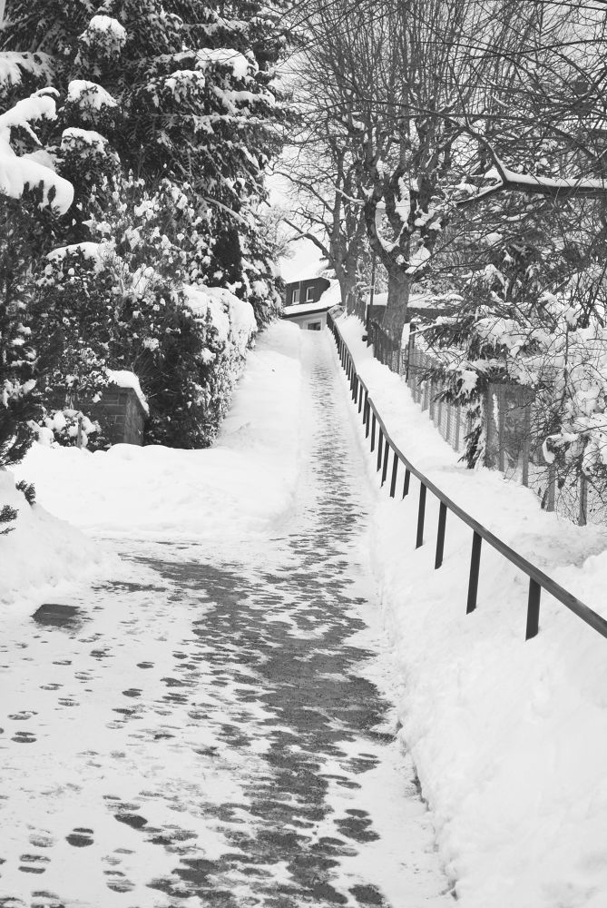 Back street by Pachigeo