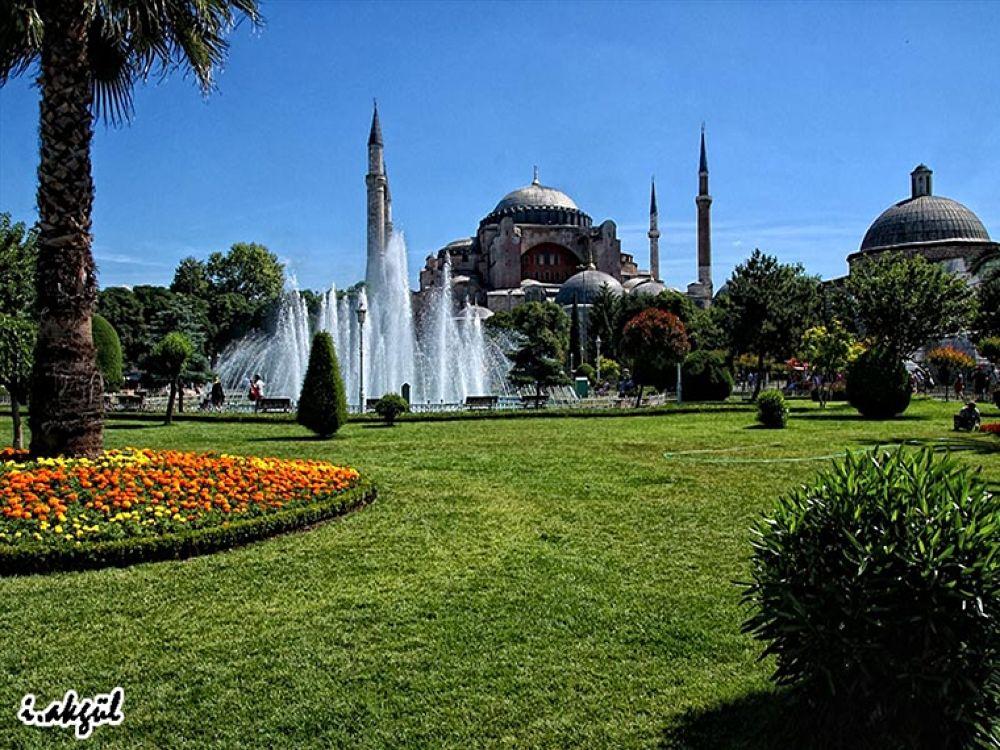 The Conqueror -Ayasofya(Hagia Sophia Mosque)/Sultanahmet/İstanbul/Turkey- by ismailakgul