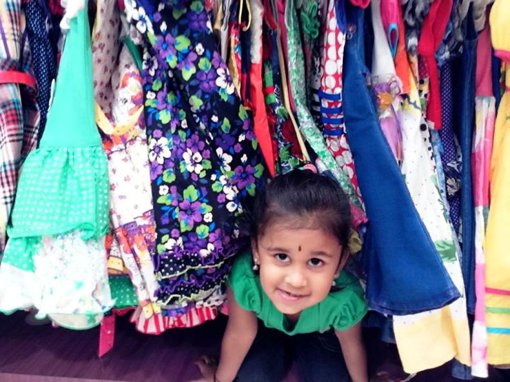 Look I got So Many dresses :3 by ShavinRV
