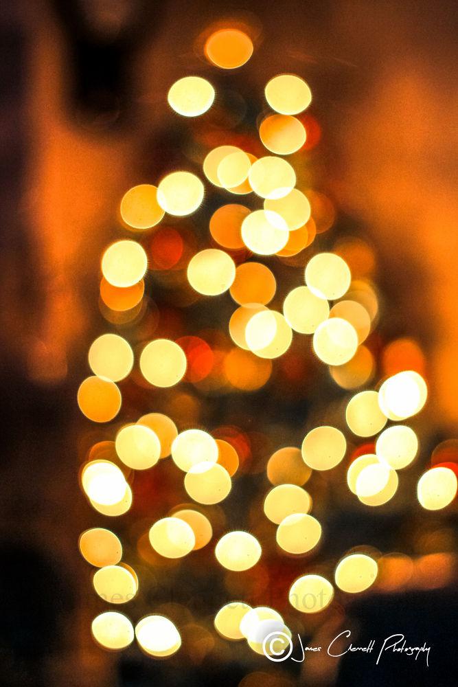 Bokeh Christmas Tree  by jamesclennett
