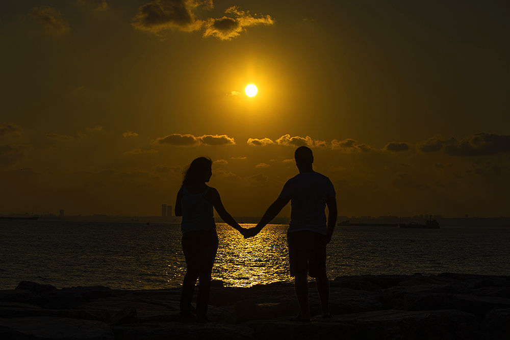 love and sunset by necatiphoto