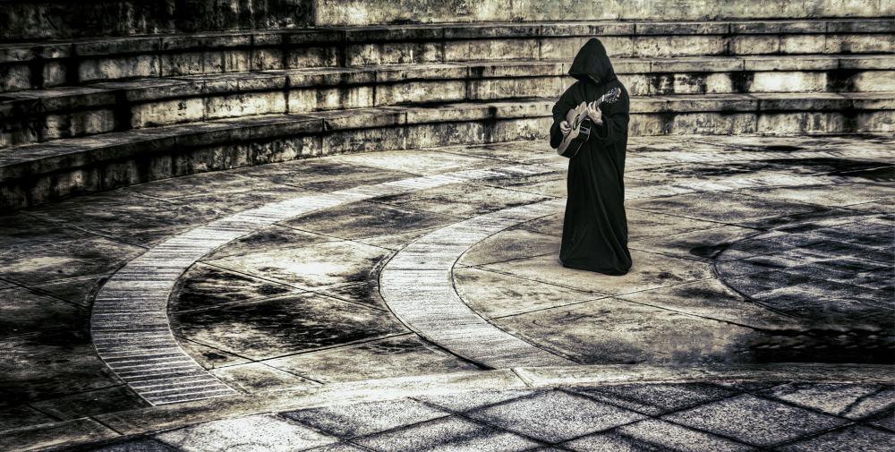 Monk Standing by ktorcatt