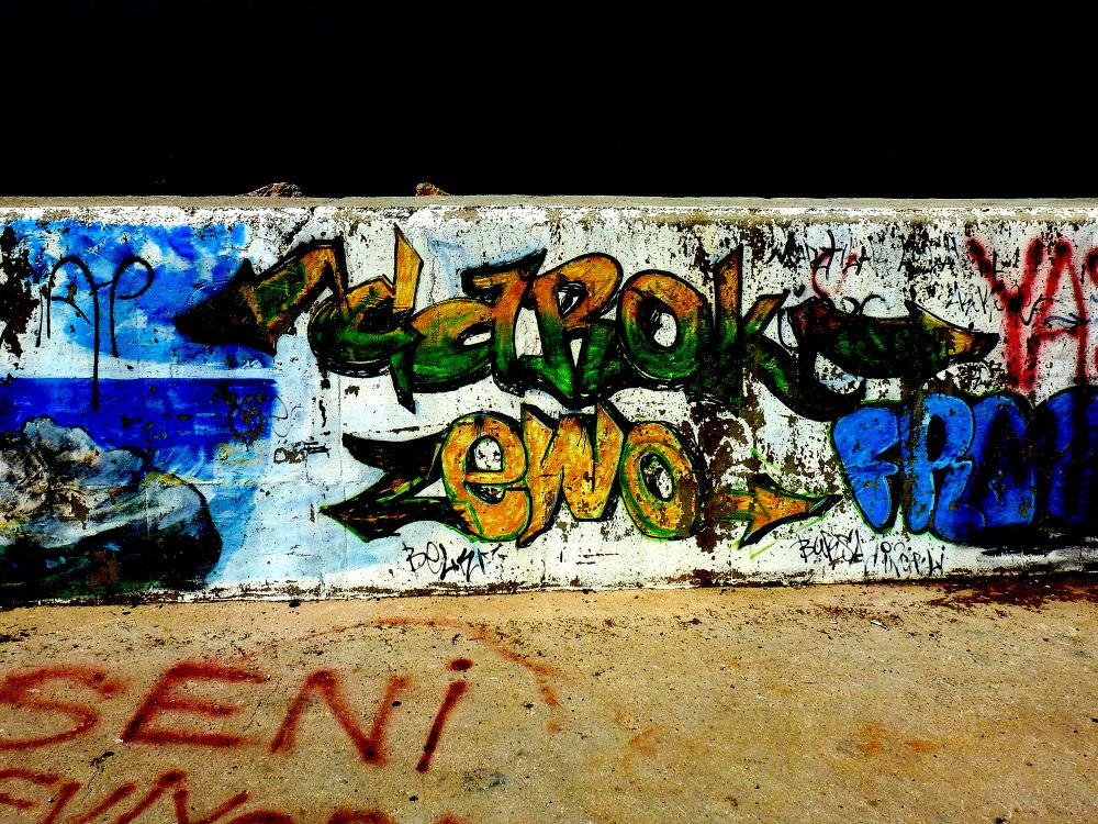 duvar yazıları (graffiti) by sonmez