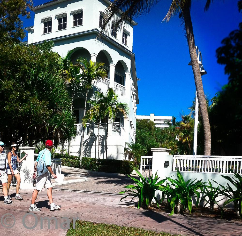 photo(1)   Key Biscayne buildings  by pabloavila100046