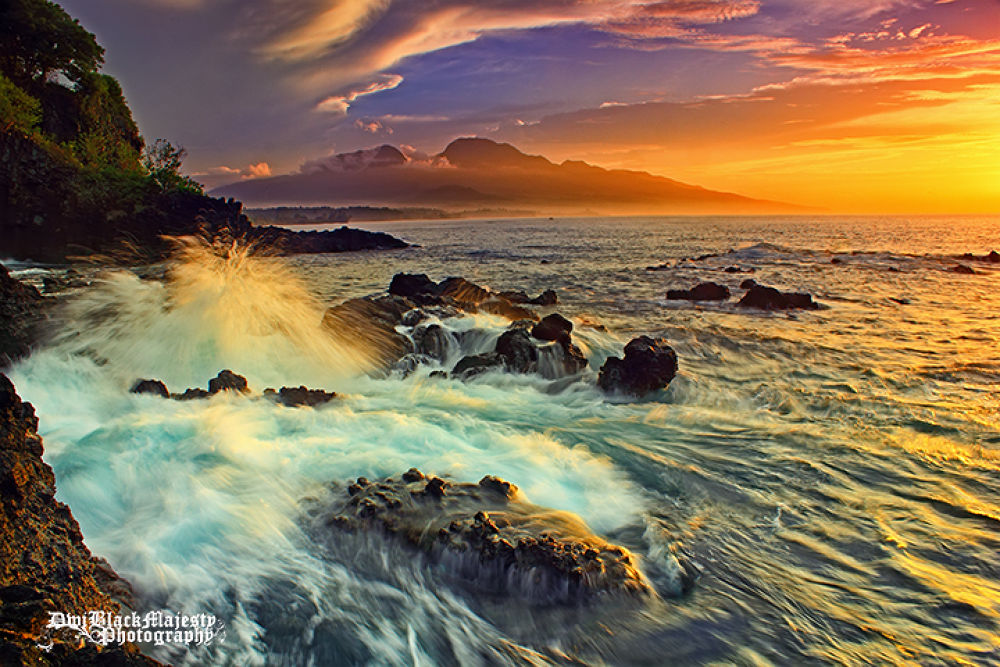 Morning Wave Motion by Dwi Sucipta