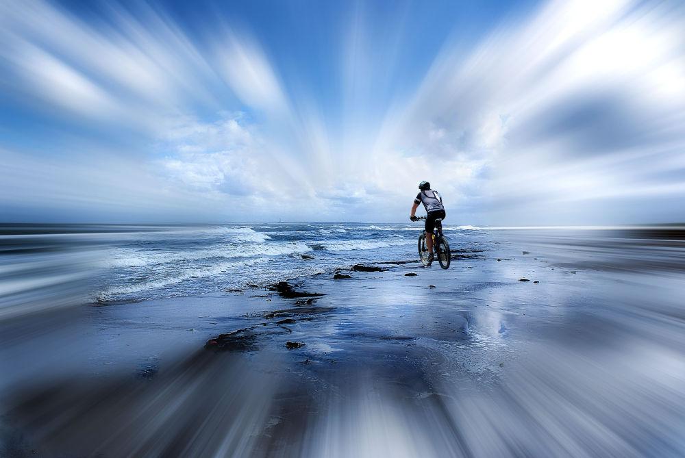 Into the Blue by pieterarnolli