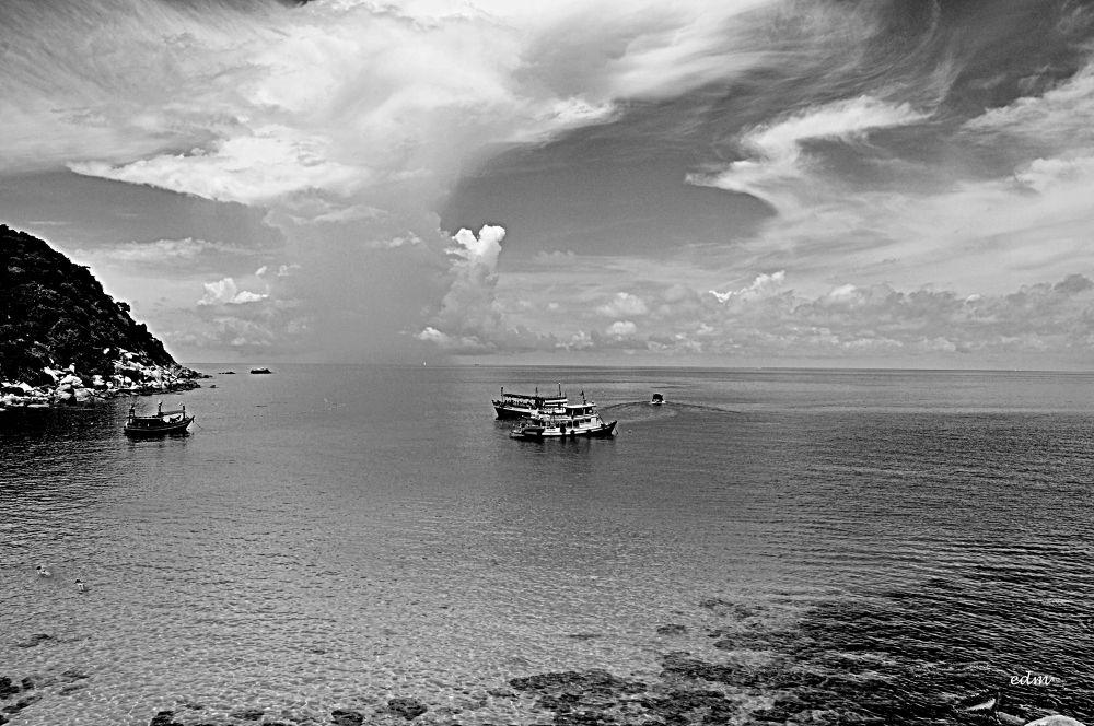 Shark Bay, Koh Tao by ermannoalbano