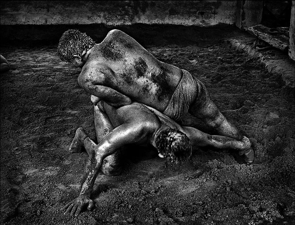 Wrestlers by joetyelchan