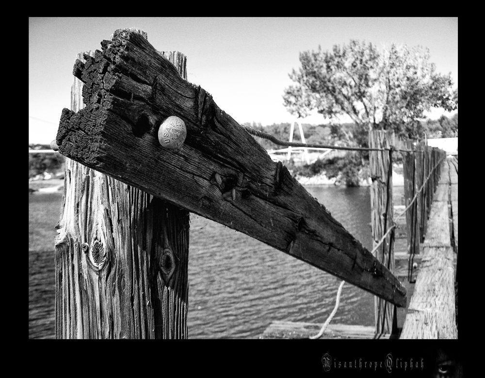bridge turkey Island by MisanthropeQliphah