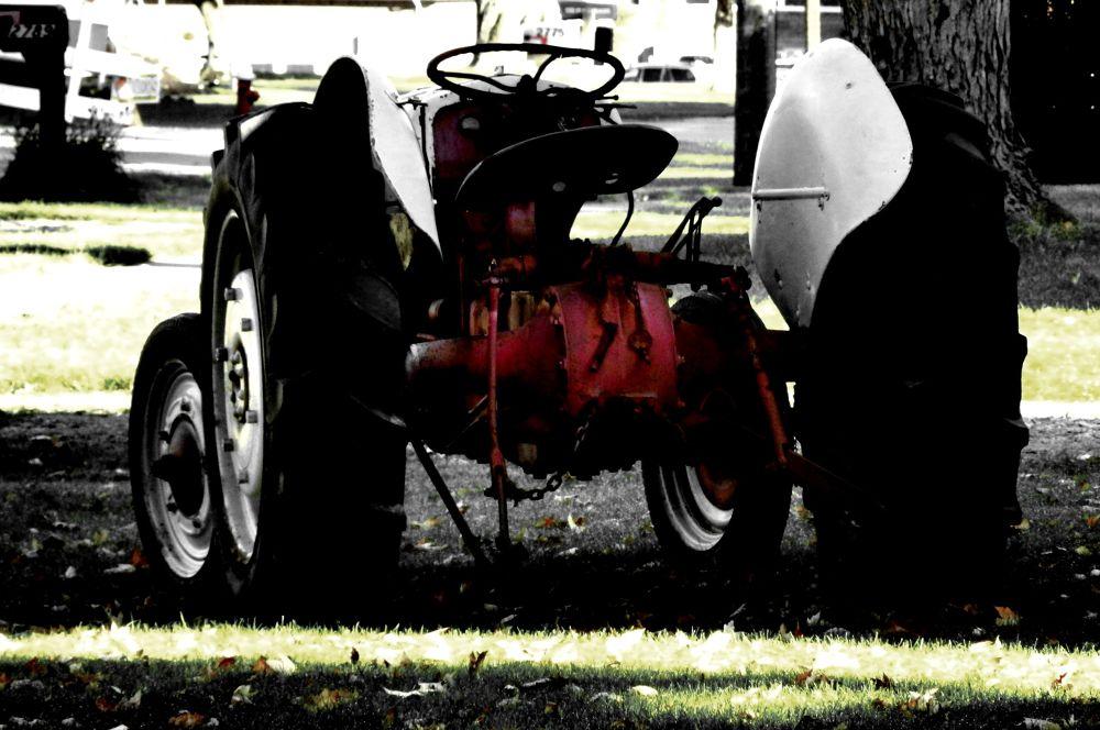 Photo in HDRI #hdr #tractor