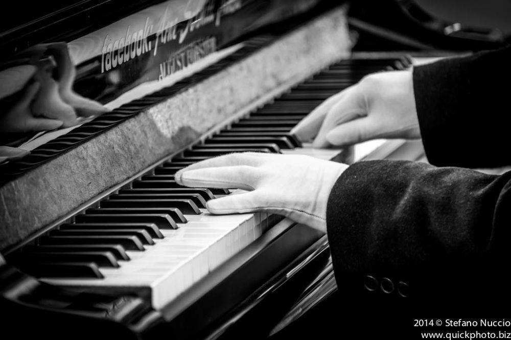Sound by Stefano Nuccio