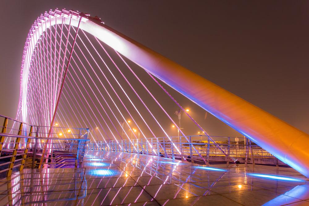 Lovers' Bridge by Ryusuke Komori
