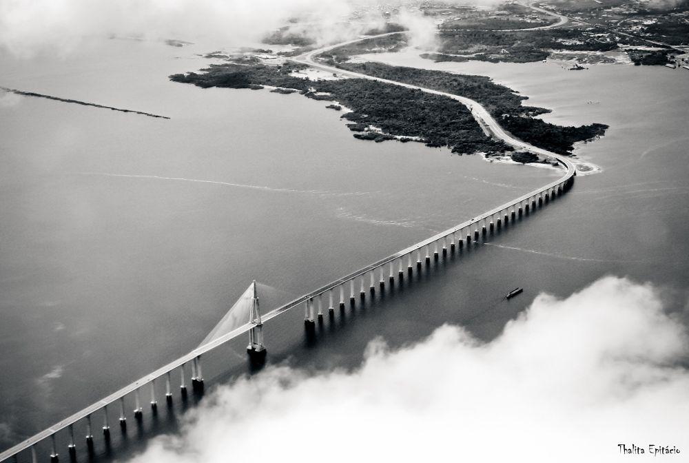Ponte do Rio Negro - Amazonas by ThalitaEpitacio
