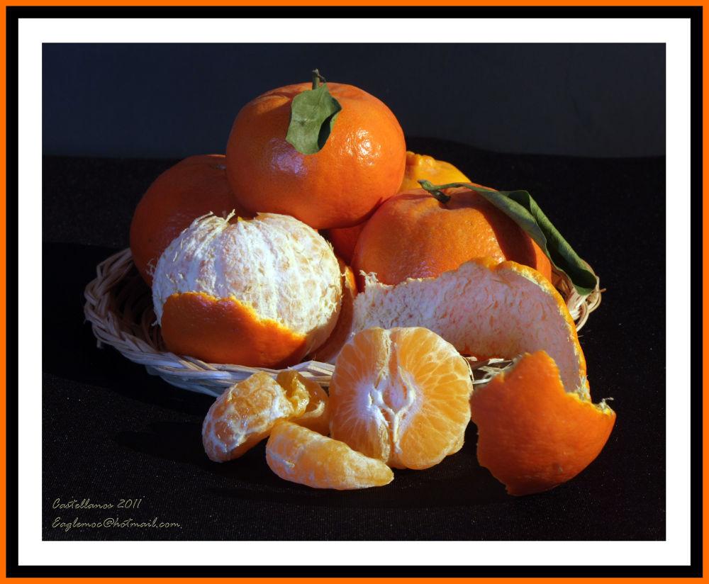 Mandarinas Deliciosas by George Castellanos