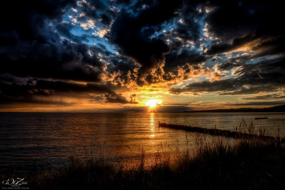 Sun... by WilkuPL