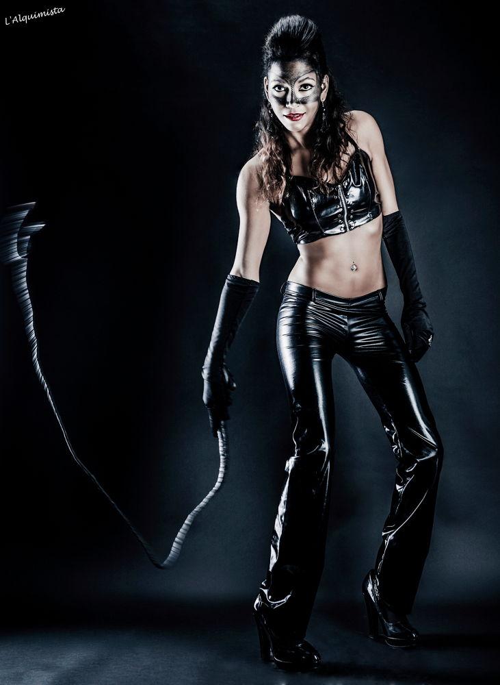 Catwoman by Xavi Carol