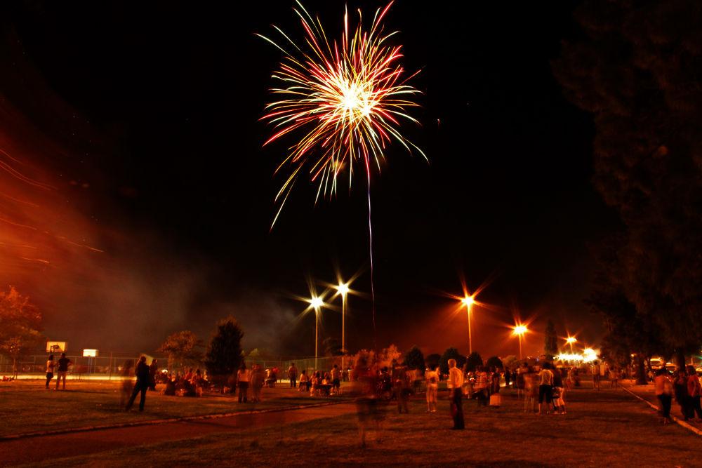 Firework by Alperen Arıcan