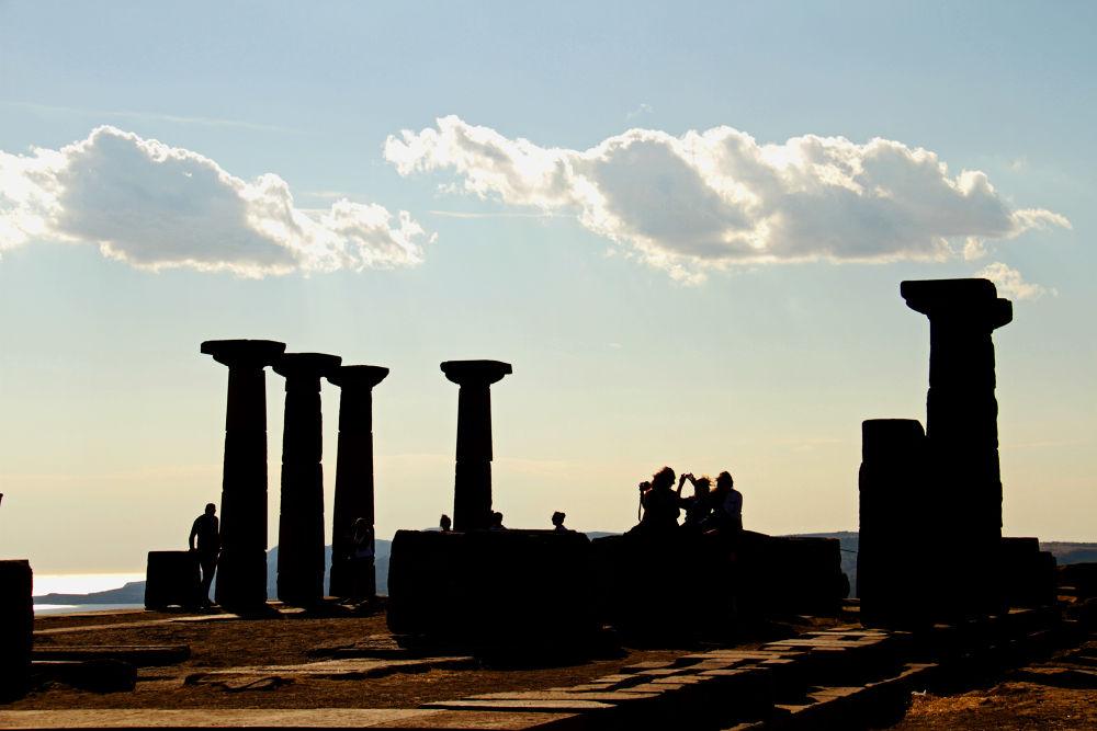 Silhouettes in Asos by Alperen Arıcan