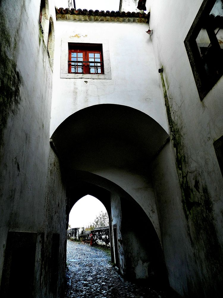 Alley Sintra by toinho