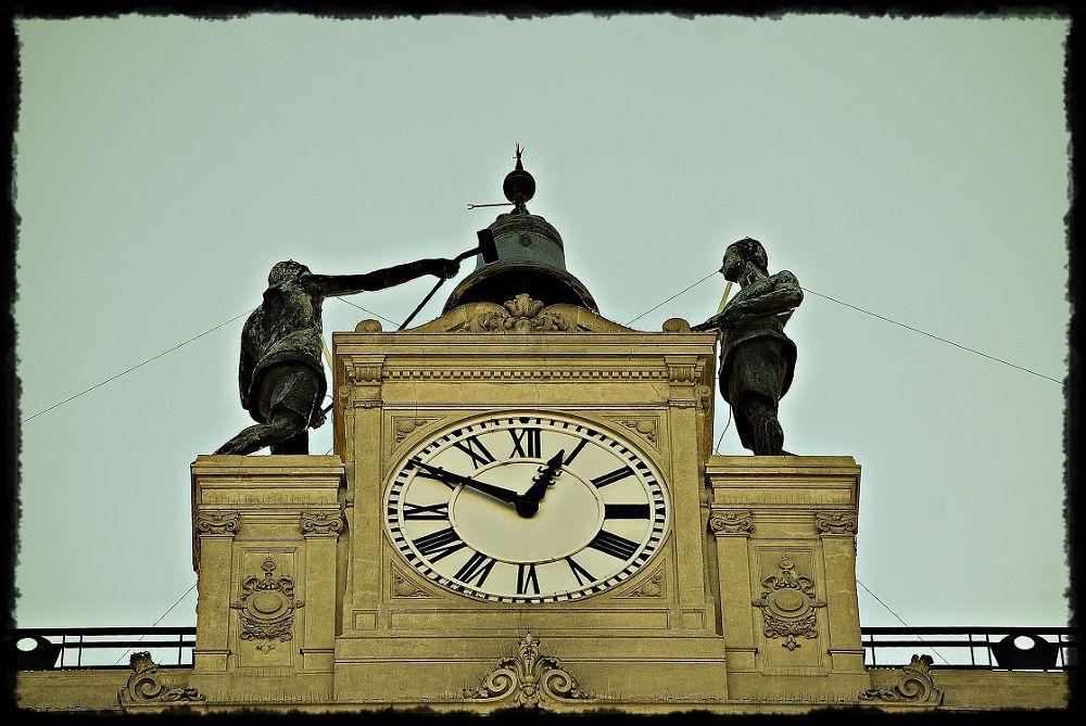 Time by aldotobio