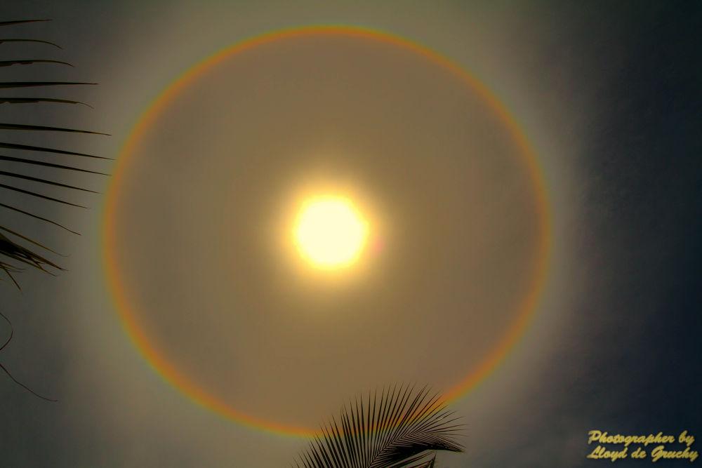 Halo around rge SUN by Lloyd de Gruchy