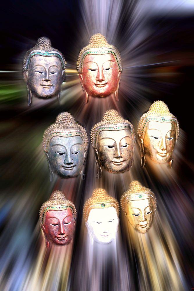 The Budha's by Lloyd de Gruchy