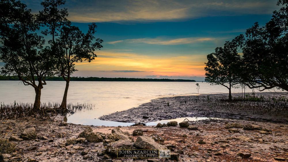 Low Tide by jrazarcon