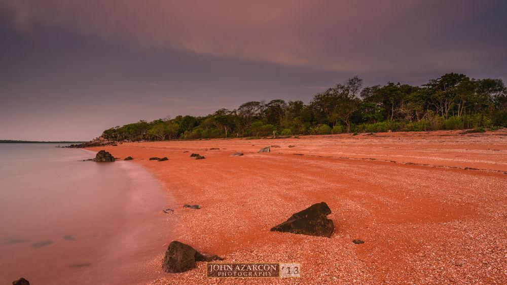 Channel Island Beach by jrazarcon