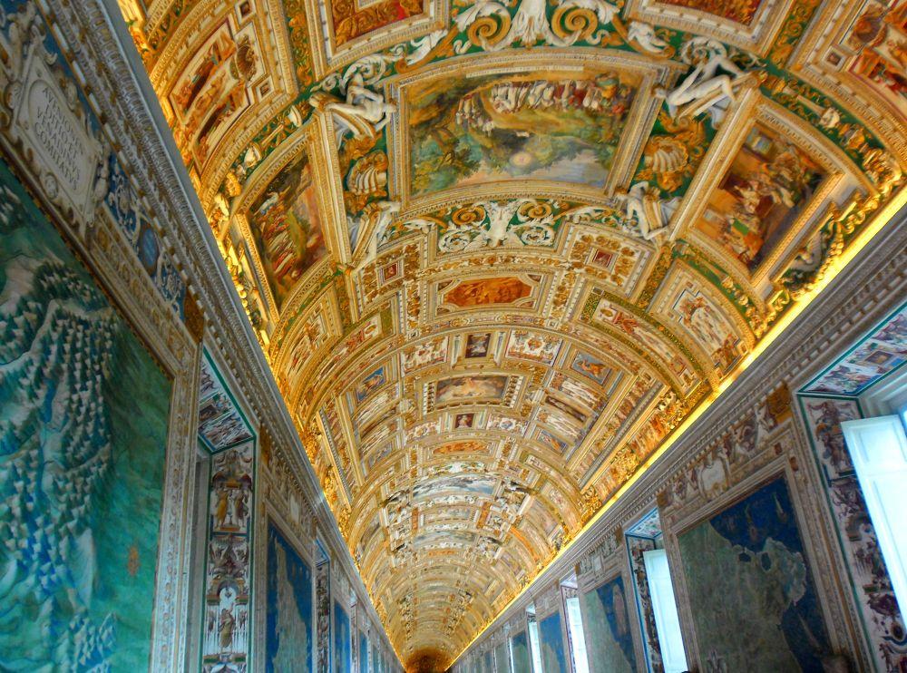 Vatican Museum by Оlja