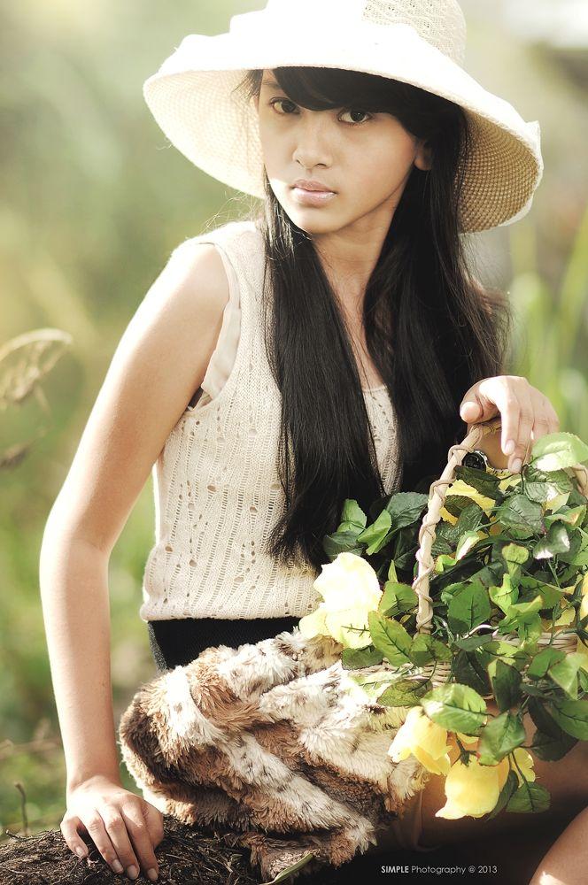 Photo in Fashion #padang #sumatera barat #indonesia #simple photography