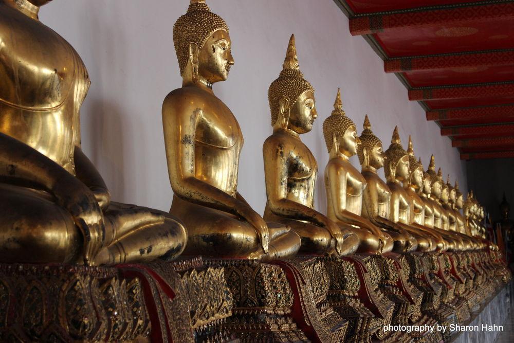 Land of A Thousand Buddhas, Grand Palace, Bangkok by #LuvToTravelWorld