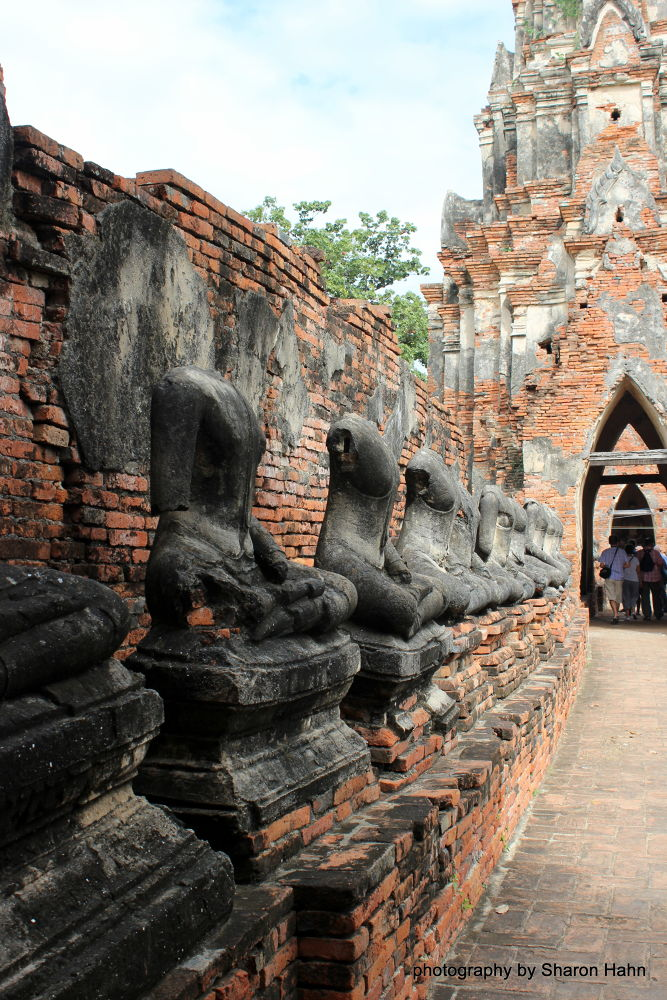 Beheaded Buddha, 1767, Ancient Siam, Ayttuhaya by #LuvToTravelWorld