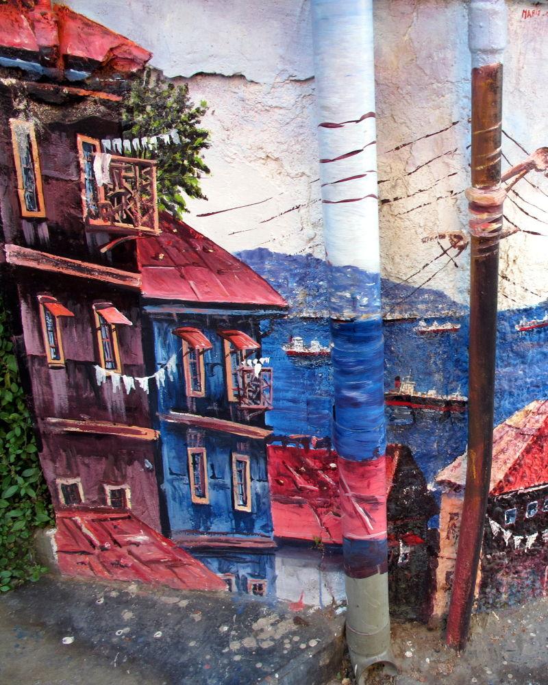 Street Art, Valpo, Chile by #LuvToTravelWorld