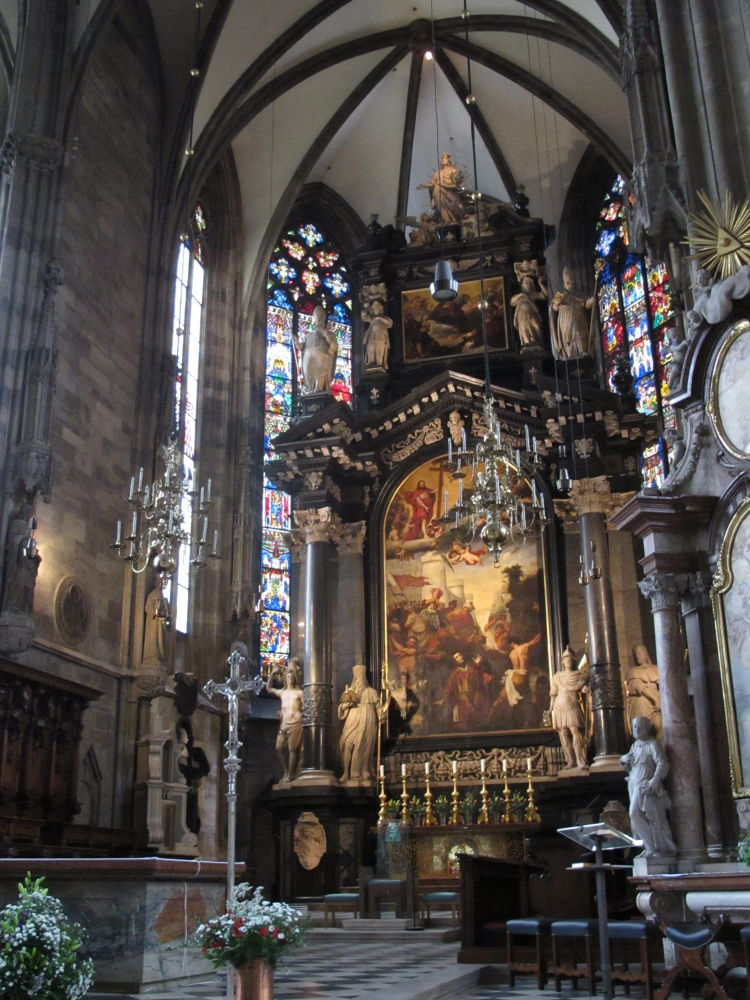St. Stephan's Cathedral ~ Vienna by #LuvToTravelWorld