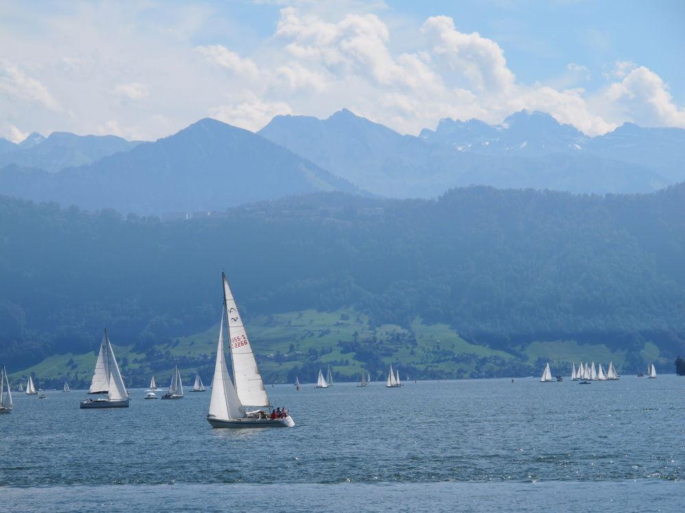 Beautiful Lake Luzern by #LuvToTravelWorld